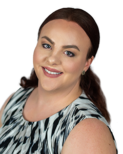Korina Gainey, Director of First Impressions and Client Service Specialist at Summit Wealth Partners